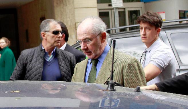El ex ministro de Economía Rodrigo Rato en abril, poco después de su...