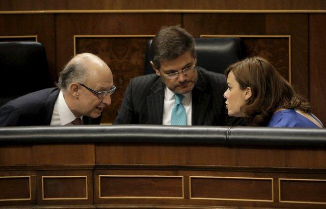 La vicepresidenta, Soraya Sáenz de Santamaría, hablando ayer en el...
