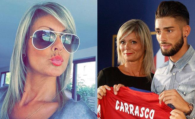 A la izda., Carmen Carrasco en su perfil de Facebook.  Dcha., Yannick...