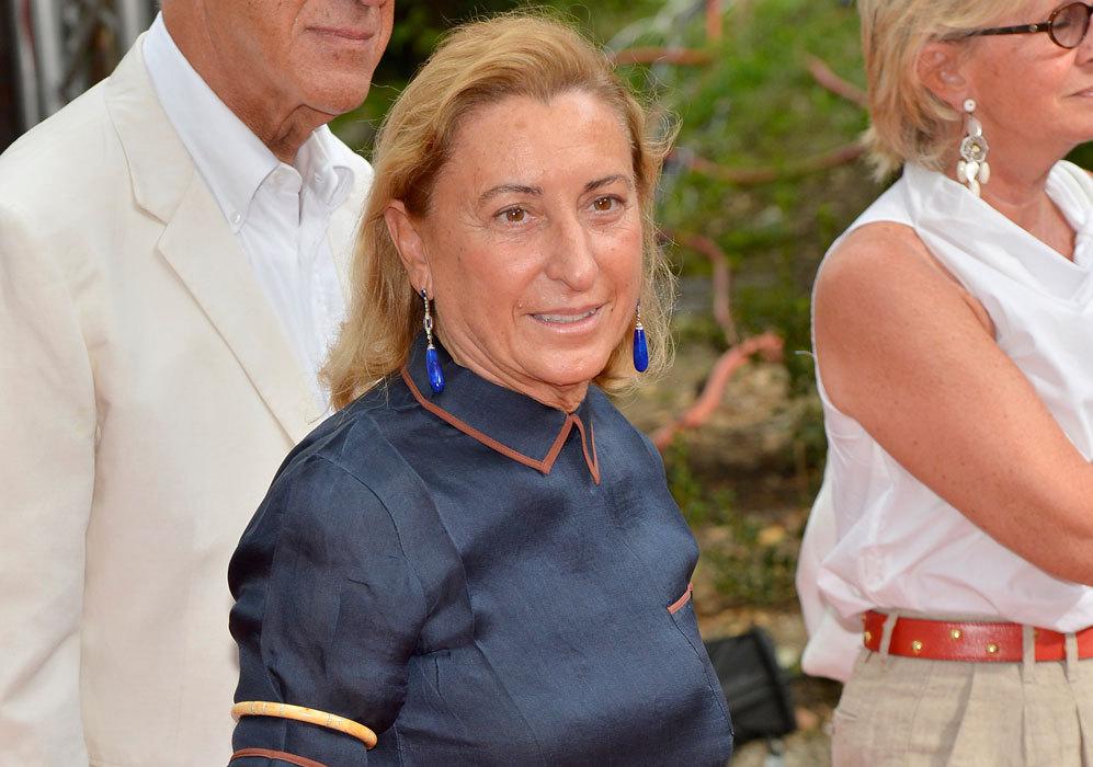 Miuccia Prada, Italia. Es empresaria y diseñadora de moda para firmas...