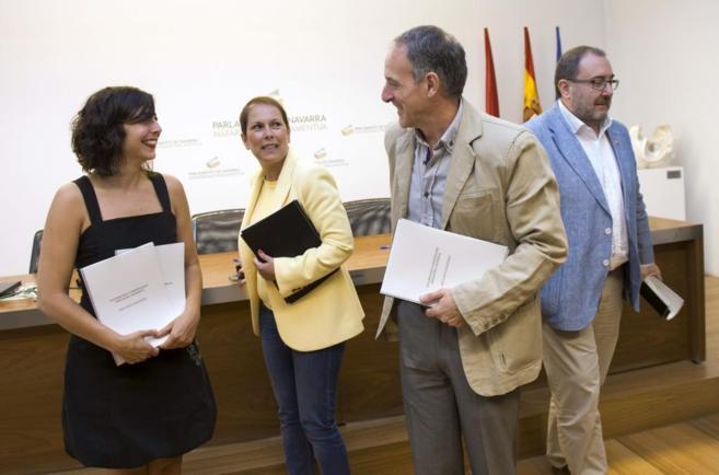 Los responsables de Podemos, Geroa Bai, EH Bildu e I-E, ayer en...