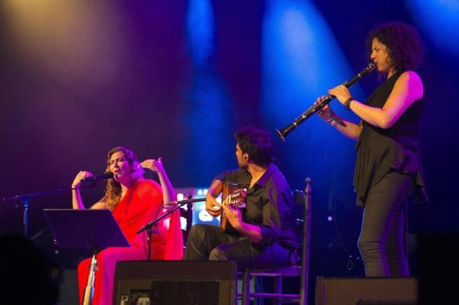 La cantaora Estrella Morente, el Niño Josele y la clarinetista...