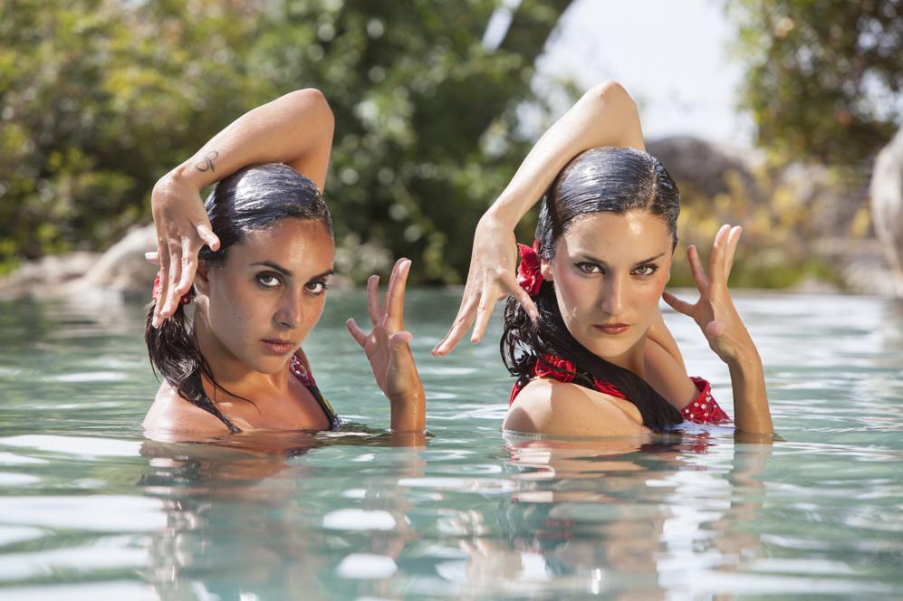 Marga Crespí y Andrea Fuentes, durante una coreografía.