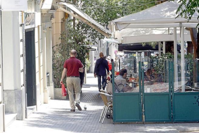 Una terraza en la calle Mandri de Barcelona