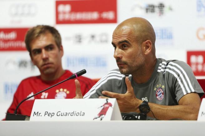 Pep Guardiola en una rueda de prensa en China.