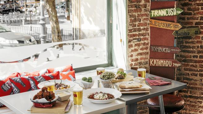 El turismo colaborativo también permite comer en casa de un...