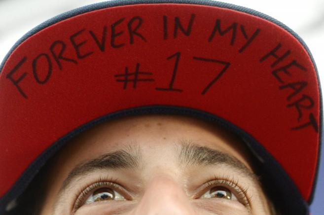 Ricciardo con una gorra en recuerdo del fallecido Jules Bianchi