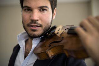Paco Montalvo, considerado el mejor  violinista de España.