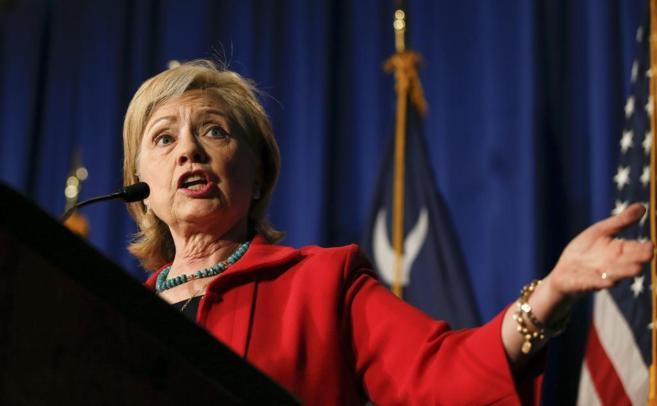 La candidata por el Partido Demócrata a la presidencia, Hillary...