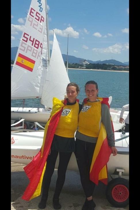 Las regatistas españolas Marta Garrido y María Jesus Dávila