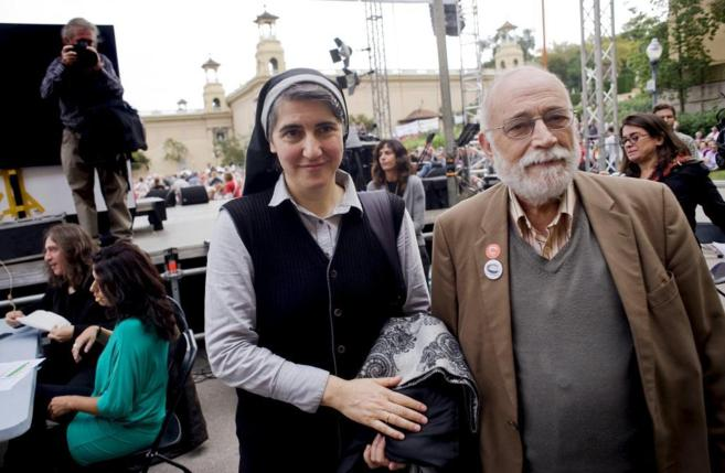 Los líderes de Procés Constituent, Teresa Forcades, y Arcadi...
