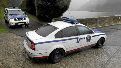 Un Volkswagen Passat blindado de la Ertzaintza