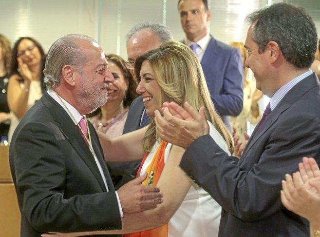 La presidenta de la Junta, Susana Díaz, felicita a Rodríguez...