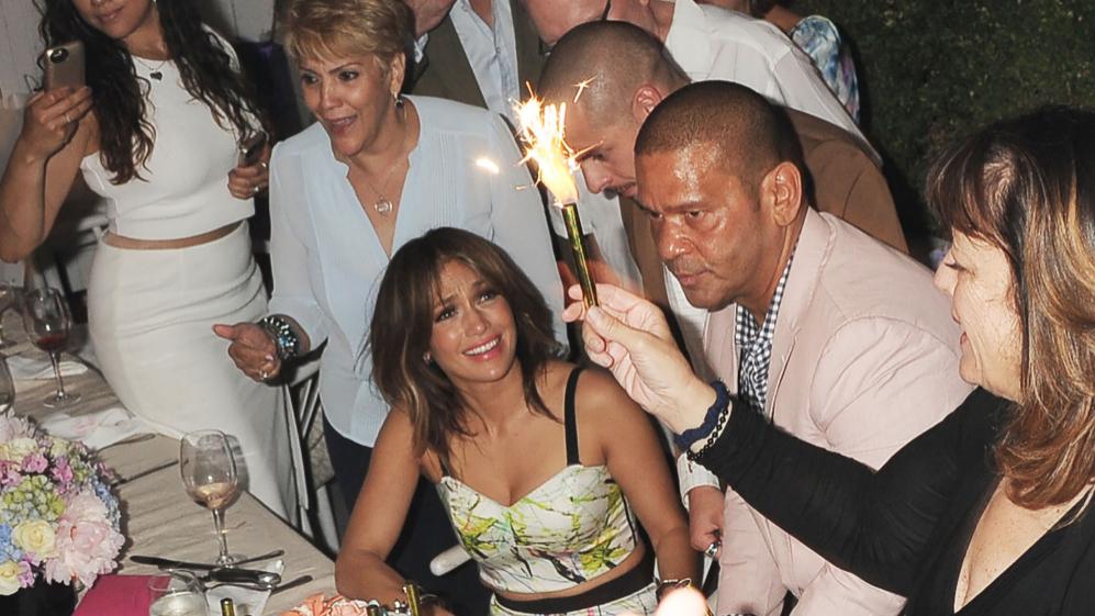 Jennifer Lopez ha celebrado su 46 cumpleaños en compañía de...
