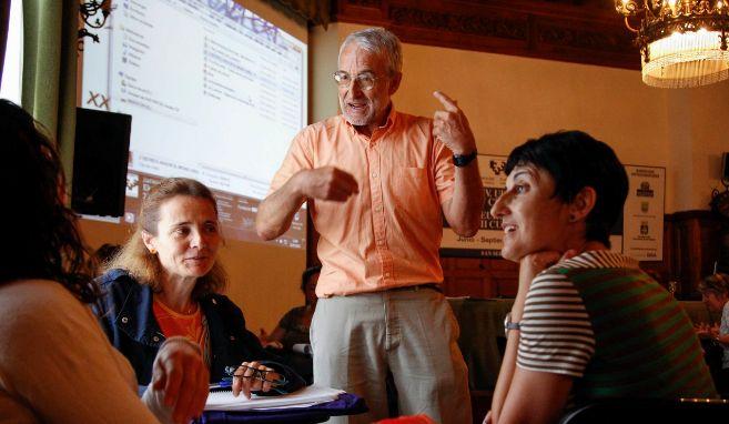 Germán Payo Losa durante una de sus charlas sobre risoterapia.