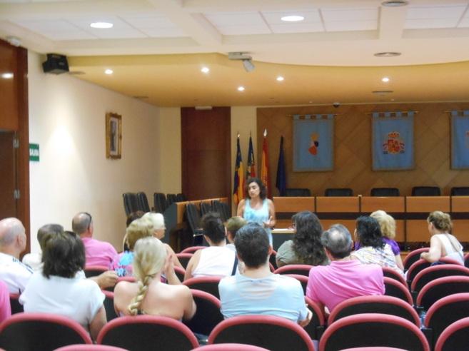 Reunión de la Concejalía de Promoción Económica e Igualdad con los...