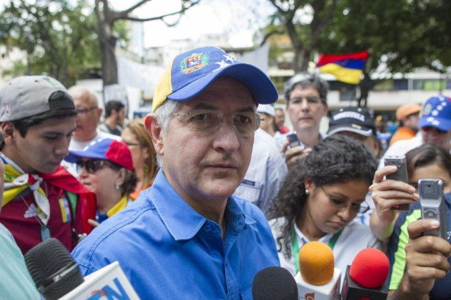 El alcalde mayor de Caracas, Antonio Ledezma, durante una marcha en...