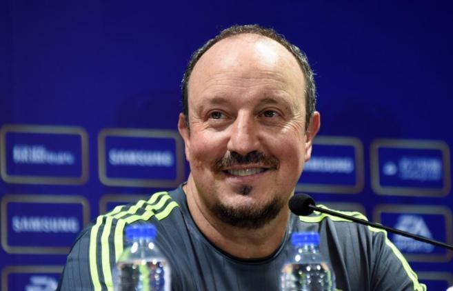 Benítez durante la rueda de prensa previa al partido ante el Milán