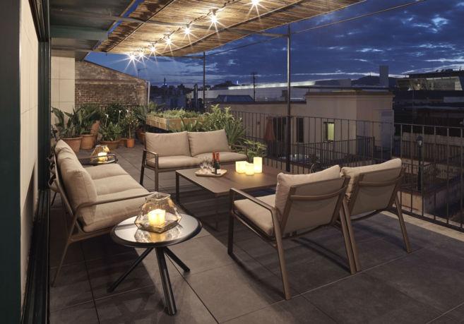 Terraza Con Vistas Y Ducha Incorporada En Casa Camper
