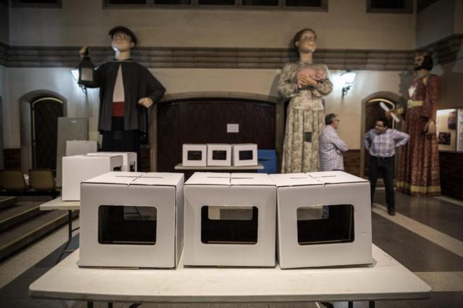 Las urnas utilizadas para la consulta independentista del 9 de...