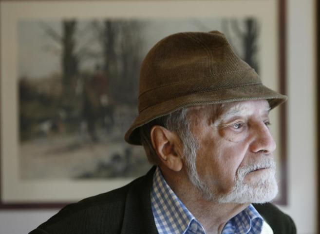 El escritor Antonio Ferres, el autor del realismo social creador de...