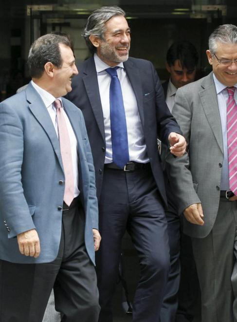 El magistrado Enrique López, a la salida de la Audiencia Nacional.