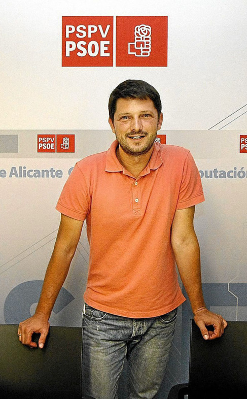 El secretario general provincial del PSPV-PSOE en Alicante, David...