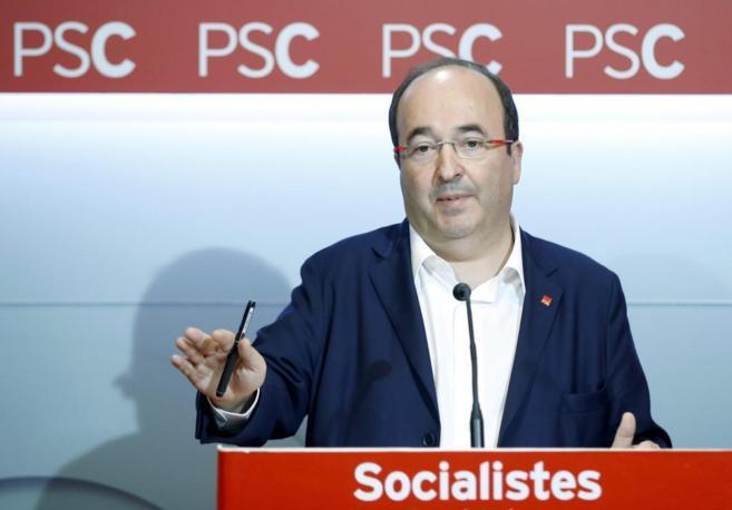 El primer secretario del PSC y candidato a la Generalitat, Miquel...