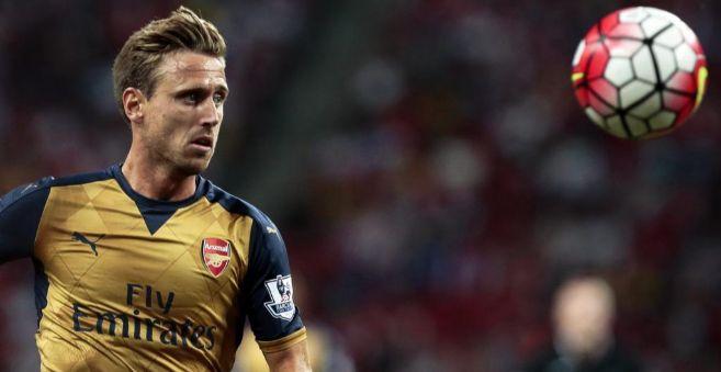El defensa español del Arsenal Nacho Monreal
