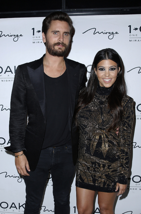 <strong>Kourtney Kardashian (36) y Scott Disick (32):</strong> Nueve...