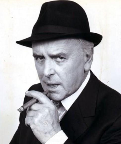 El actor británico George Cole.
