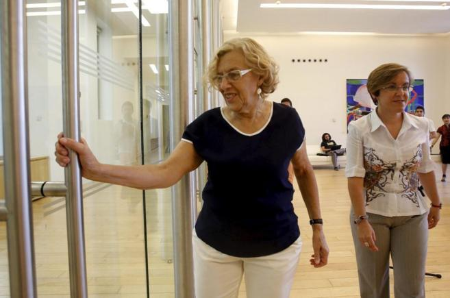 Manuela Carmena, tras su reunión con Purificación Causapié.