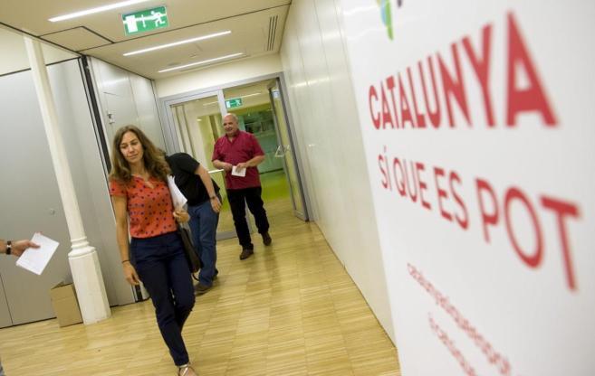Lluís Rabell, en la oficina de Catalunya sí que es Pot