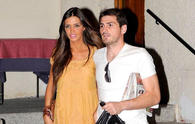 Iker Casillas y Sara Carbonero comienzan con ilusión su nueva vida en...