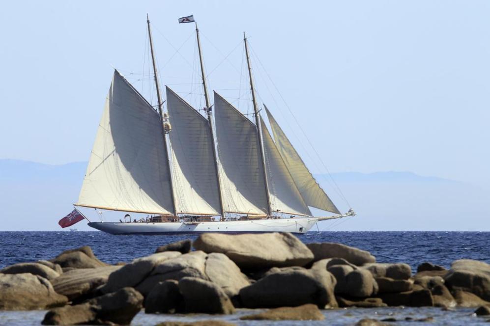 El velero de Jaime Botín, donde viajaba de contrabando el Picasso...