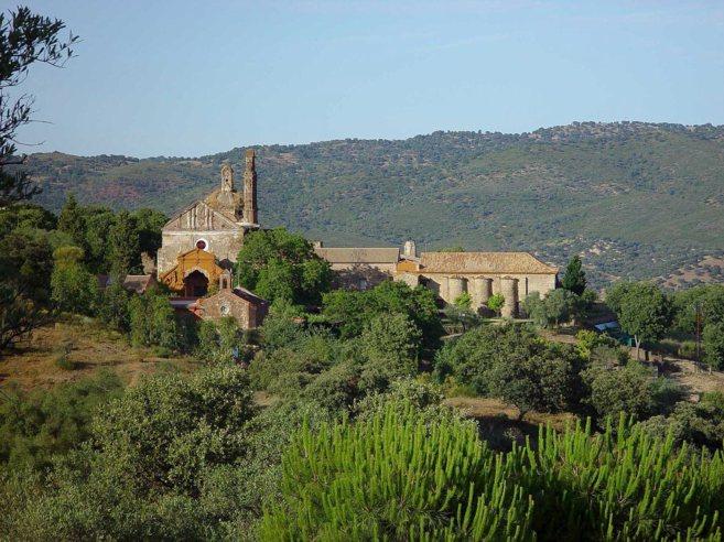 El monasterio cartujo, en pleno corazón de la Sierra Norte de...