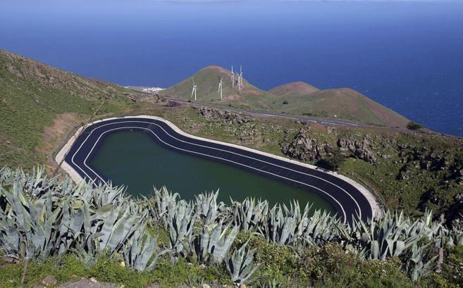 Vista general de la instalación de Gorona del Viento en la isla...