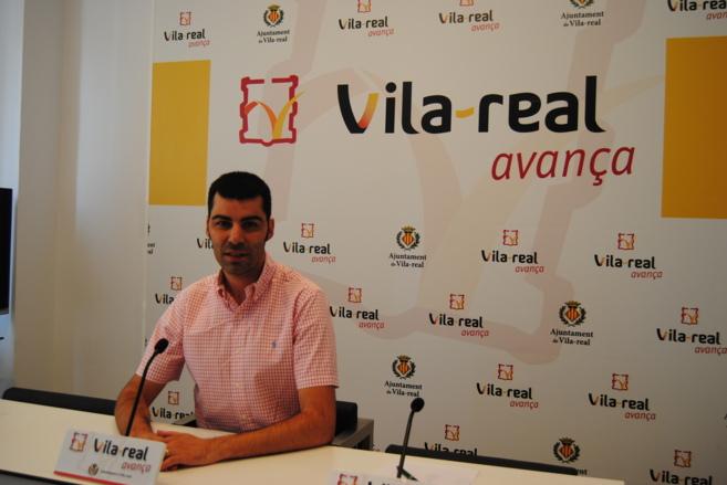 Álvaro Escorihuela ayer durante la rueda de prensa en el Ayuntamiento...