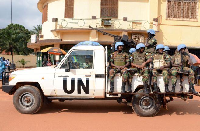 Un grupo de 'Cascos Azules' de la ONU en la misión de Paz...