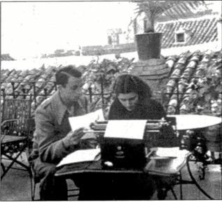 Miguel Hernández y su esposa, Josefina Manresa.