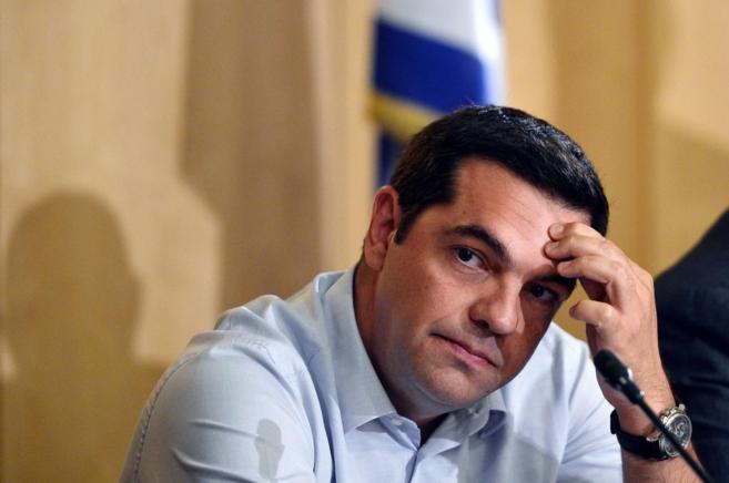 El primer ministro griego, Alexis Tsipras, durante una conferencia de...