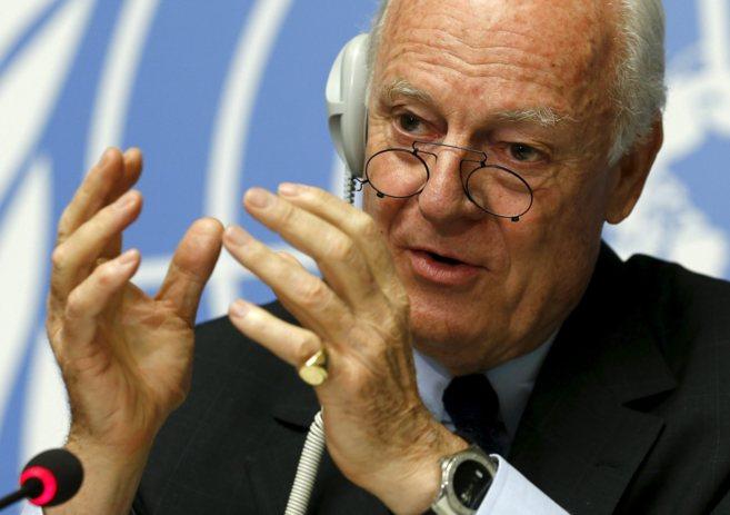 Staffan de Mistura en una rueda de prensa en Ginebra en mayo de 2015.