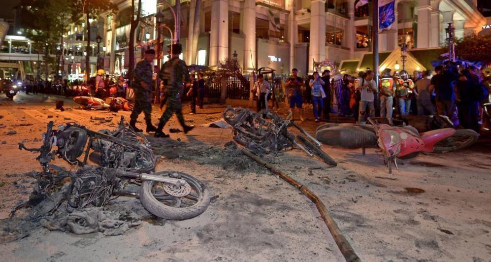 Imágenes de las motocicletas calcinadas por la explosión.