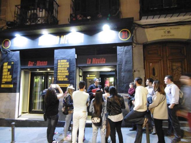 Ruta por el Madrid de la Movida organizada por la asociación cultural...