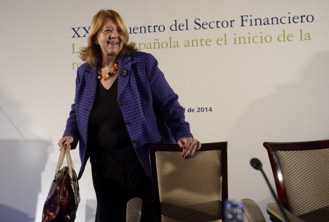 La presidenta de la Comisión Nacional del Mercado de Valores, Elvira...