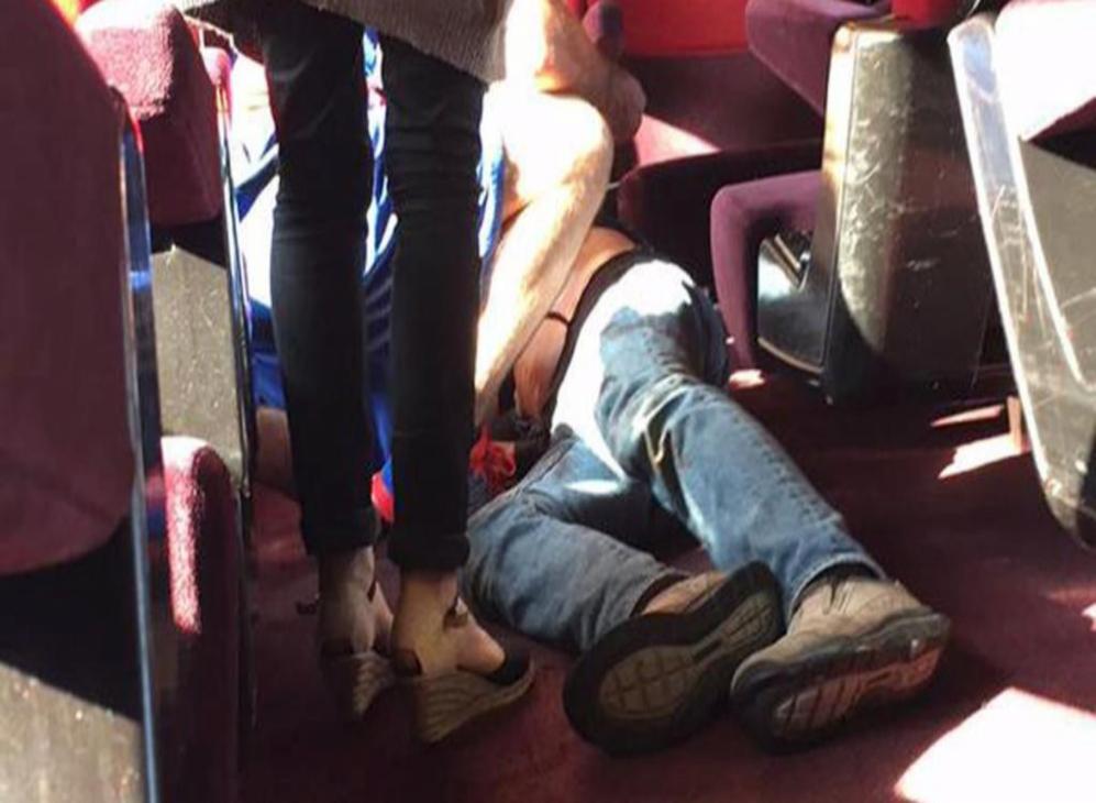El hombre que ayer hirió gravemente en un tren Thalys...