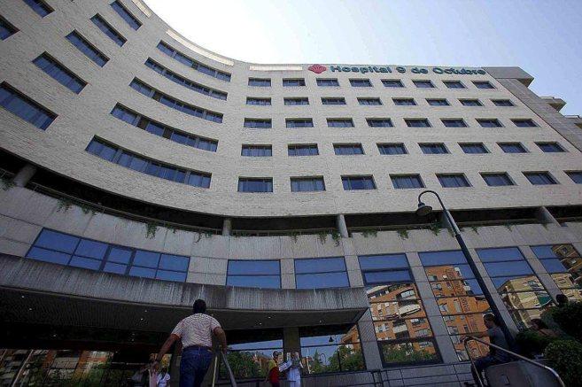 Fachada principal del hospital 9 de Octubre de Valencia.