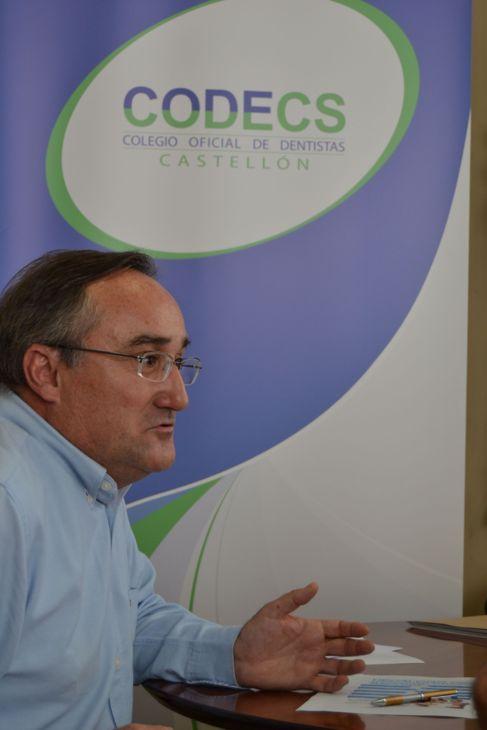 Victorino Aparici, presidente del Colegio de Dentistas de Castellón,...