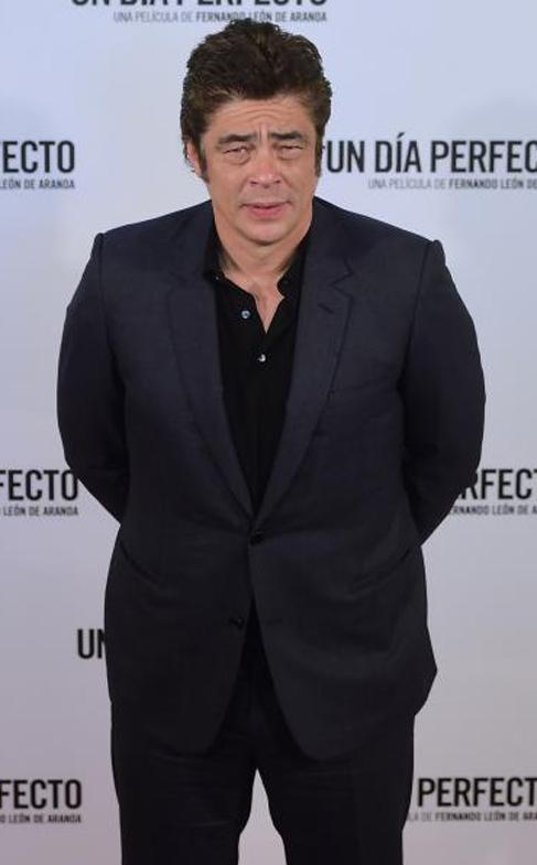 Benicio del Toro estrena 'Un día perfecto'.