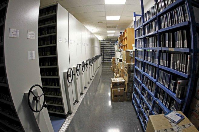 El archivo de RTVV en el edificio principal del ente en Burjassot.